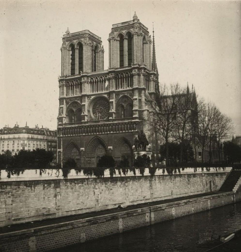 Francia, Parigi, 1910. Cattedrale di Notre-Dame de Paris - dall'
