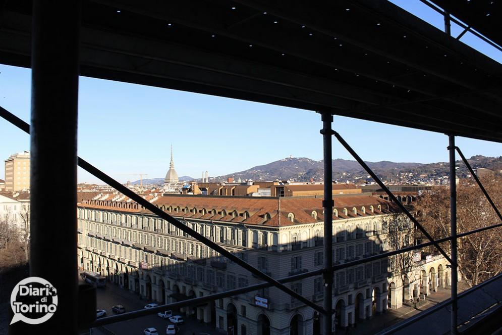 La Mole Antonelliana vista dal ponteggio della stazione
