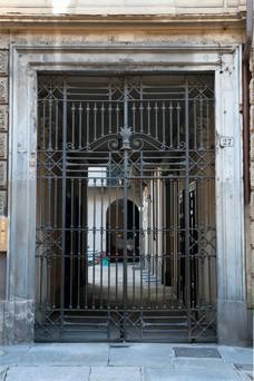 Cancello del ghetto in piazza Carlina