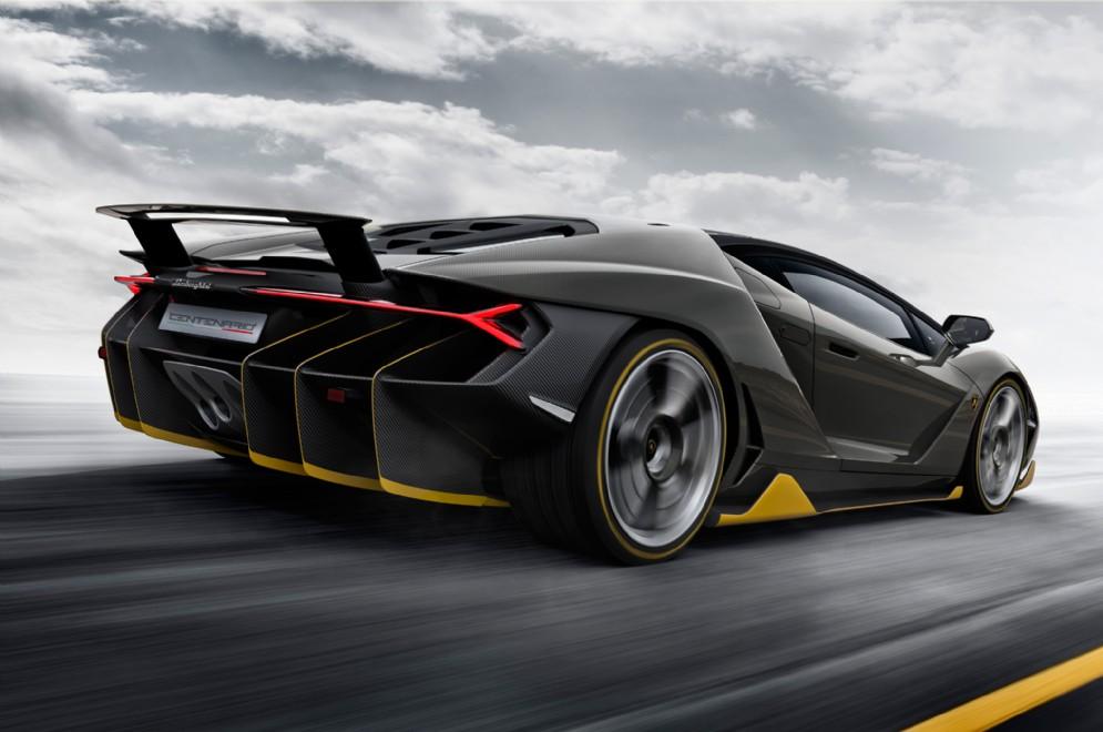 È in grado di superare i 350 km/h