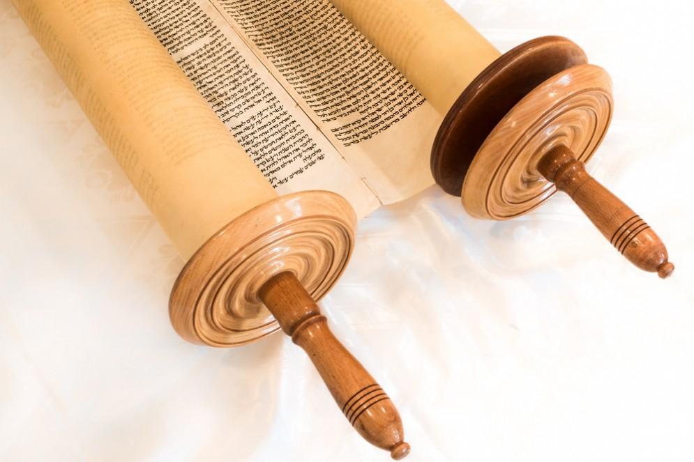 A Biella il Safer Torah più antico del mondo