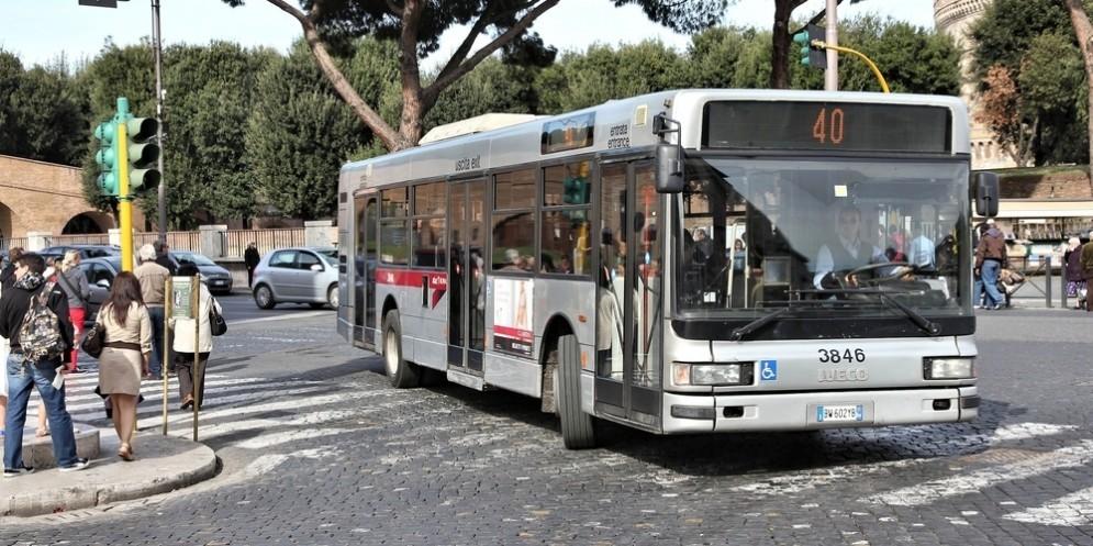 Un autobus dell'Atac.