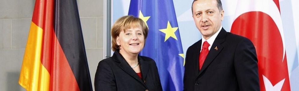 La cancelliera di Germania Angela Merkel e il presidente turco Tayyp Recep Erdogan.