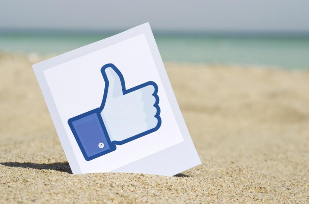 Su Facebook foto in HD
