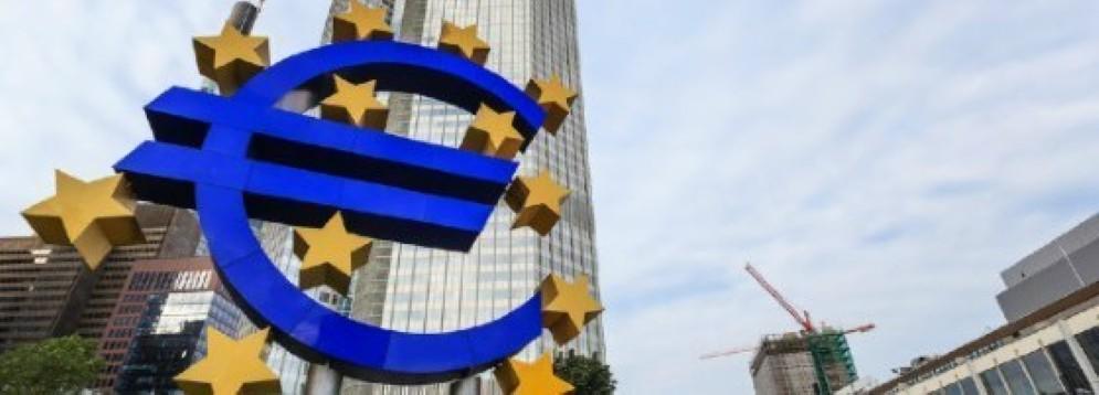 La Bce svaluta ma allo stesso tempo favorisce i prodotti extra-Ue. Perché?