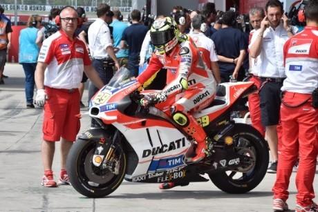 La Ducati ai box nell'ultimo GP in Argentina