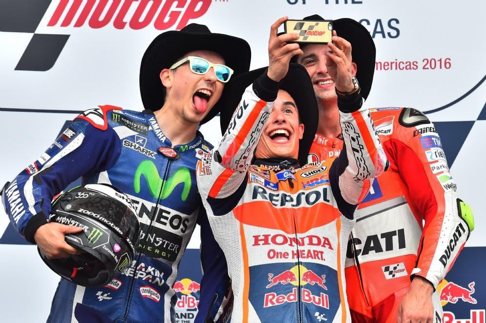 Jorge Lorenzo e Andrea Iannone sul podio con Marquez