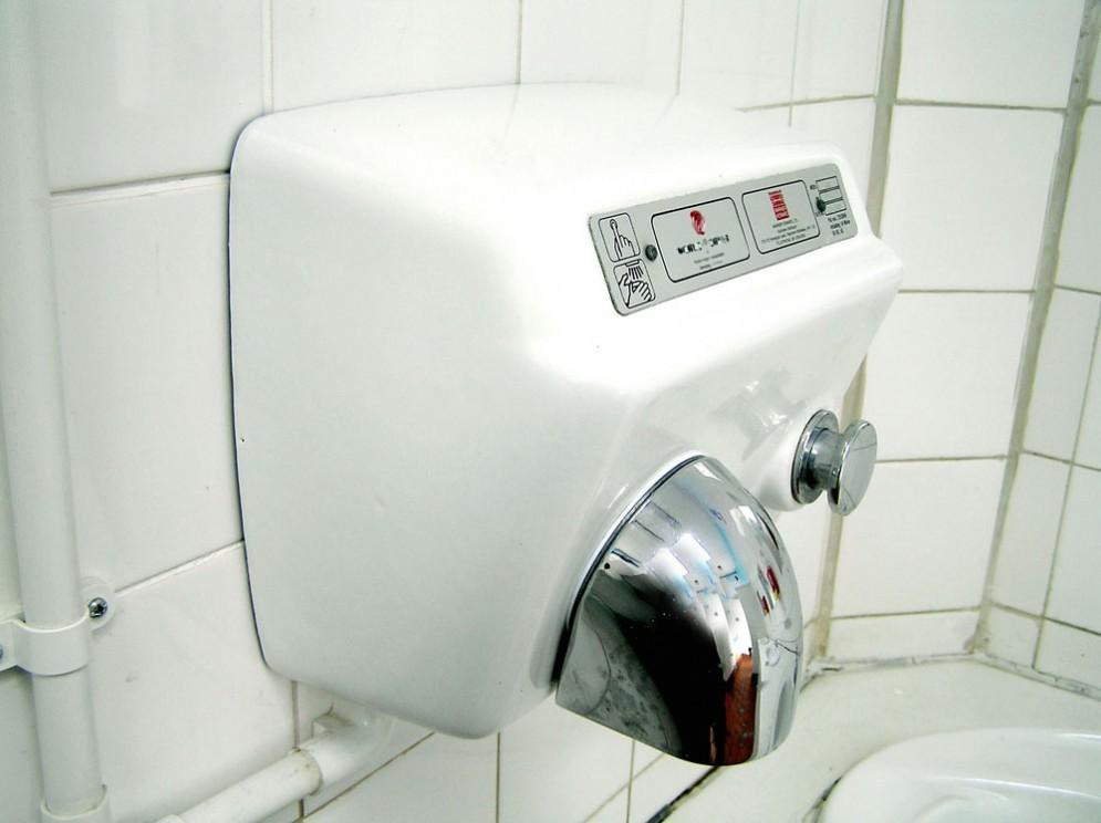 Asciugamani elettrici, non sarebbero igienici
