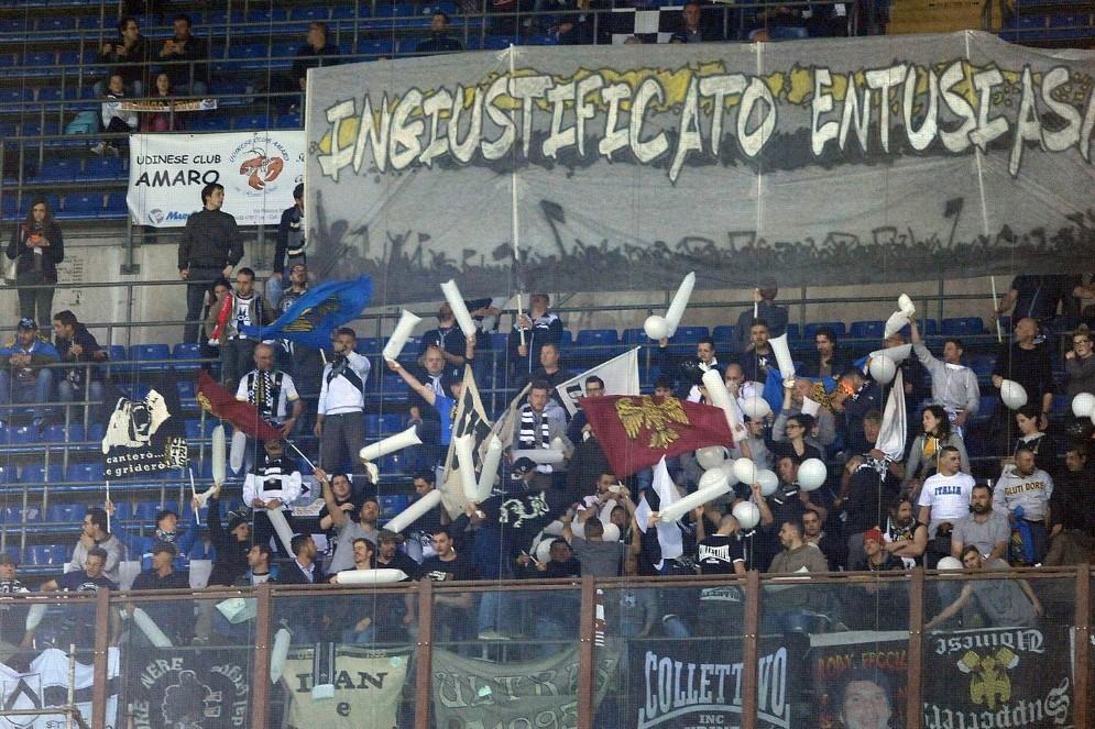 Tifosi friulani sempre presenti (© Diario di Udine)