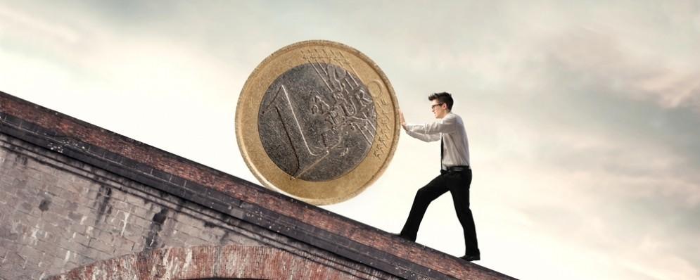 Sale ancora il debito pubblico italiano e la Germania bacchetta l'Italia. Quali bugie e verità sulla sua sostenibilità?