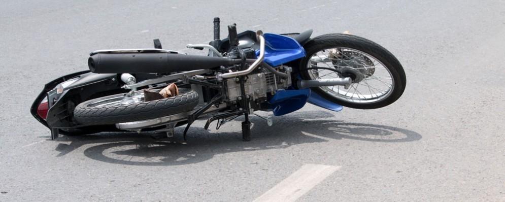Incidente mortale in moto