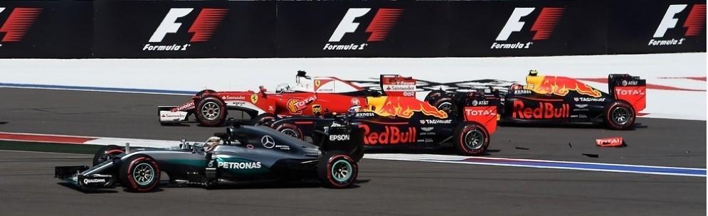 L'incidente tra Sebastian Vettel e Daniil Kvyat