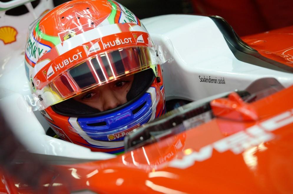 Antonio Fuoco nell'abitacolo della Ferrari