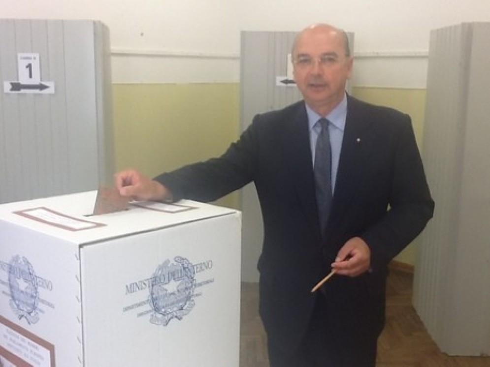 Roberto Di Piazza al voto