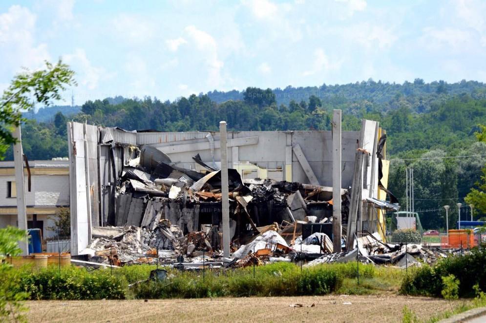 Un ultimo scatto dell'edificio distrutto