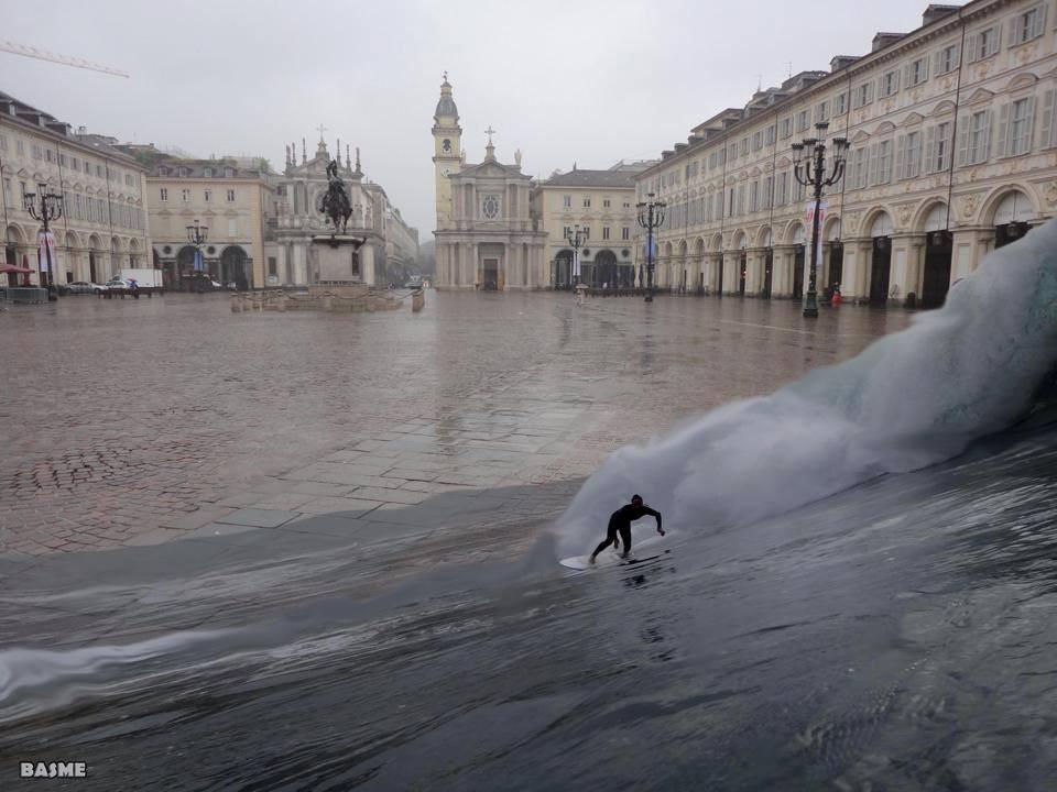 Maltempo a Torino, l'ironia del web