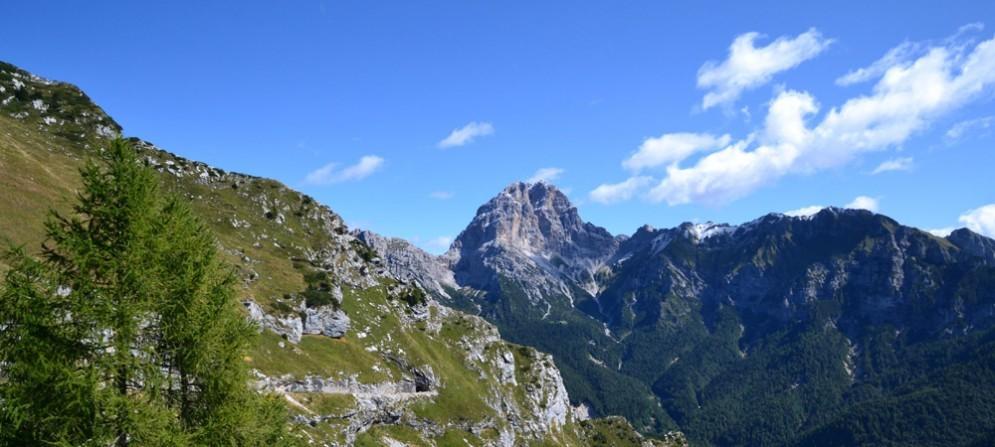 Parco naturale delle Dolomiti Friulane – Vista sul monte Duranno dalla val Zemola