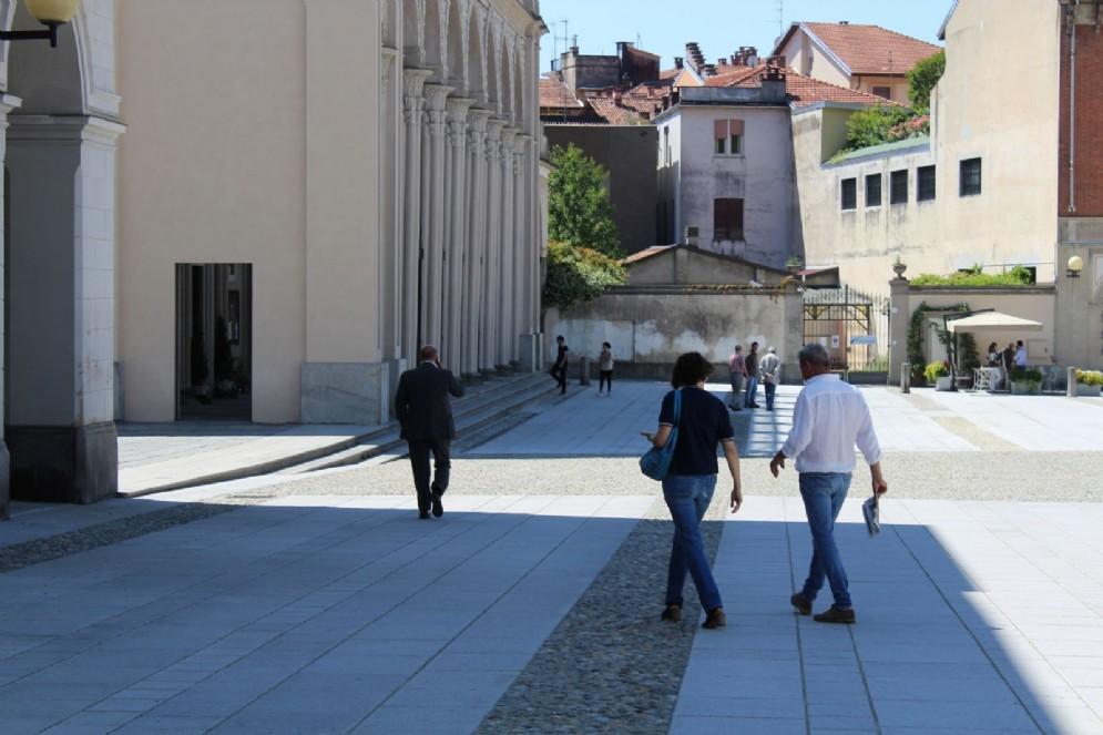 Biella: Piazza Duomo, la nuova pavimentazione