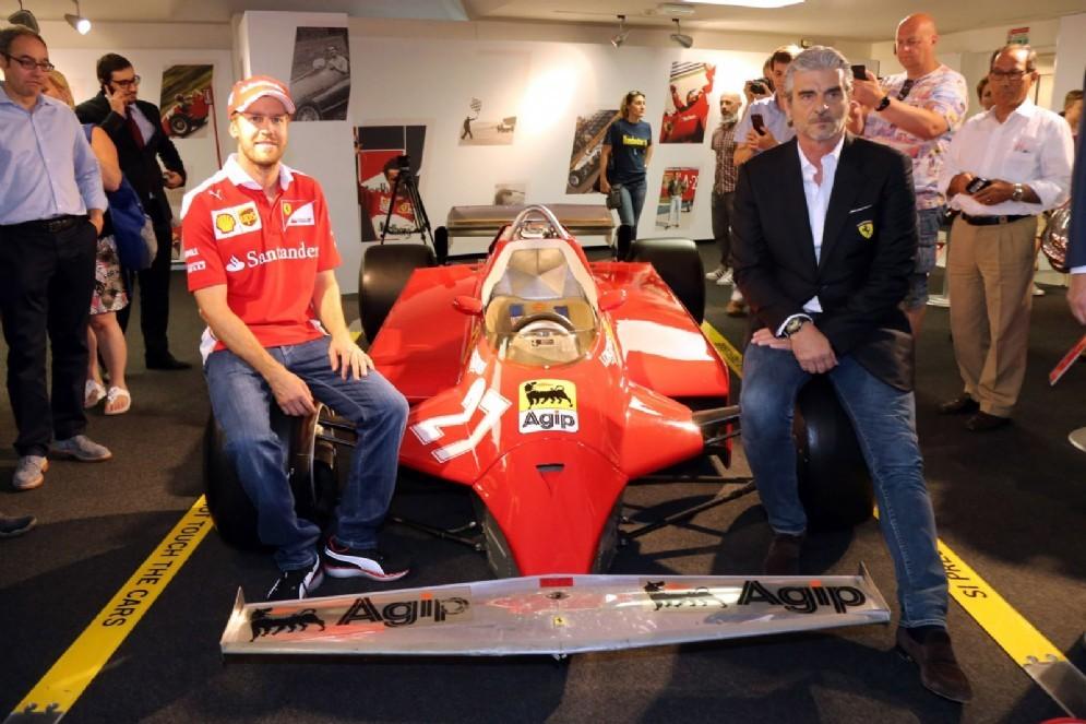 Sebastian Vettel e Maurizio Arrivabene inaugurano la mostra