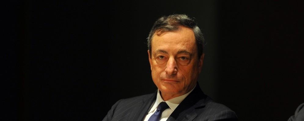"""Il presidente Draghi propone un """"allineamento"""" globale di politiche monetarie."""