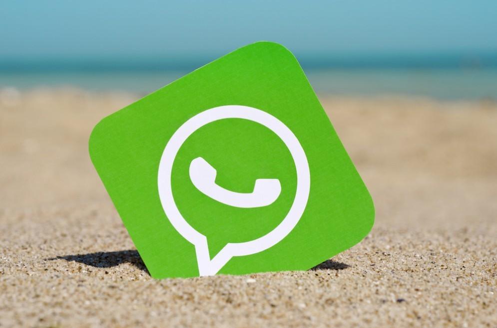 Pagare tassa a WhatsApp
