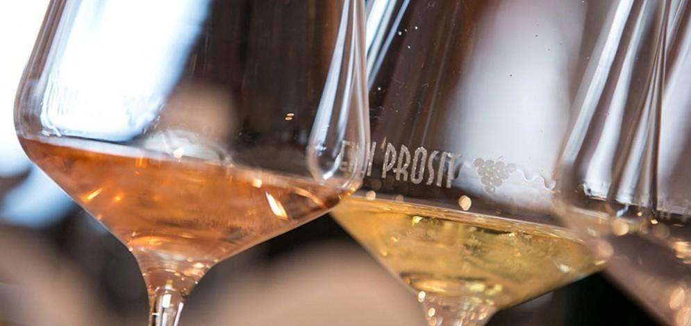 Dal 22 al 24 luglio, Ein Prosit Grado, evento enogastronomico dedicato ai vini del Fvg