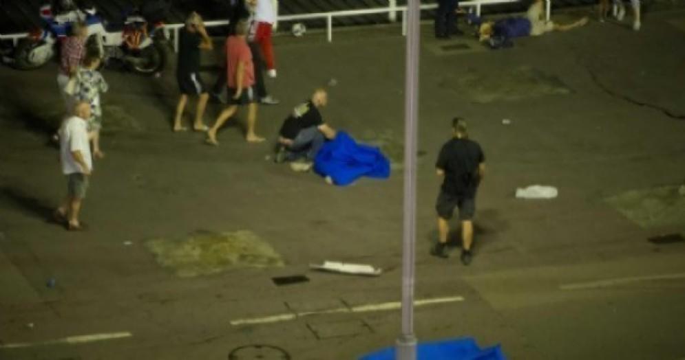 Nizza, identificate altri italiani tra le 84 vittime