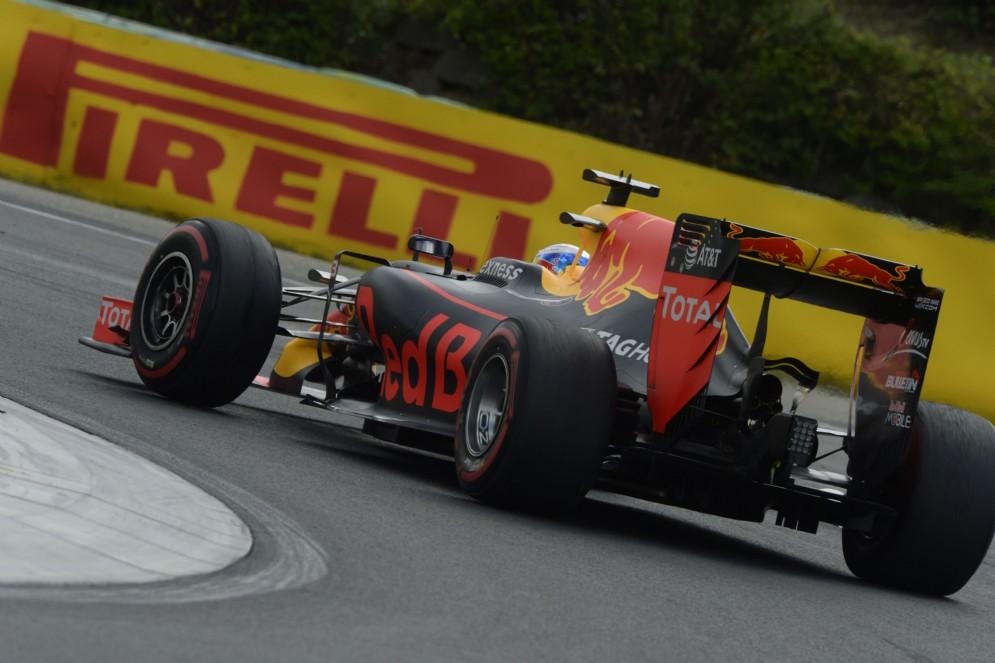 Daniel Ricciardo in azione oggi sulla sua Red Bull