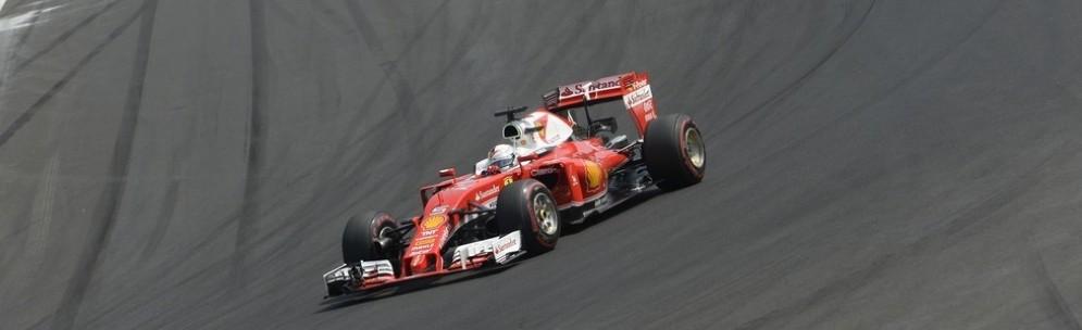 Sebastian Vettel in azione nel Gran Premio d'Ungheria