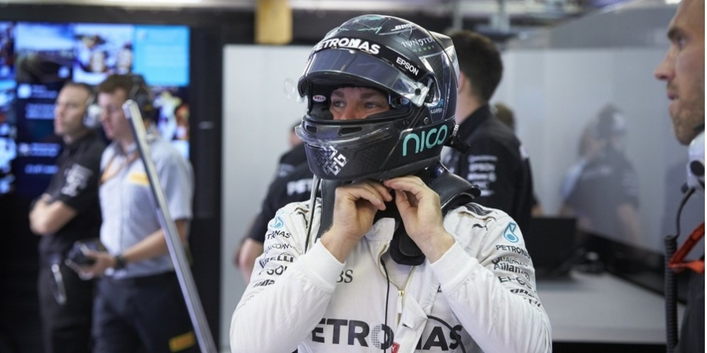Nico Rosberg ai box