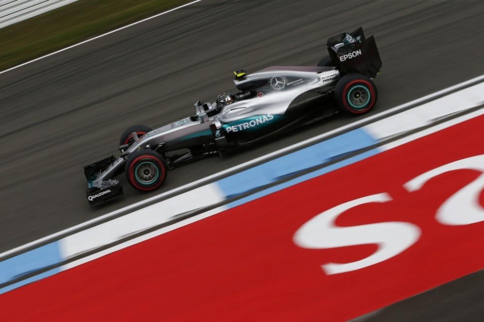 Nico Rosberg in azione nelle prove libere a Hockenheim