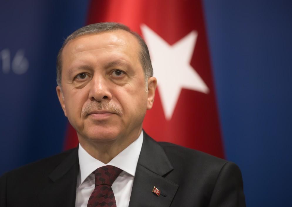 Tayyp Recep Erdogan ha «bacchettato» l'Italia per le indagini sul figlio.