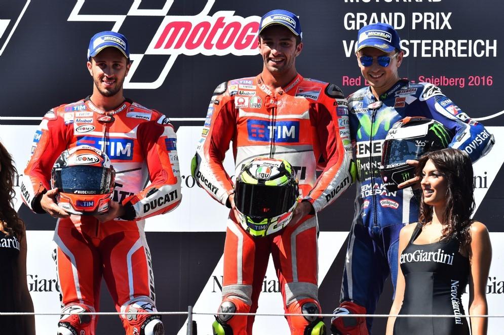 Il podio del Gran Premio d'Austria: Andrea Iannone, Andrea Dovizioso e Valentino Rossi