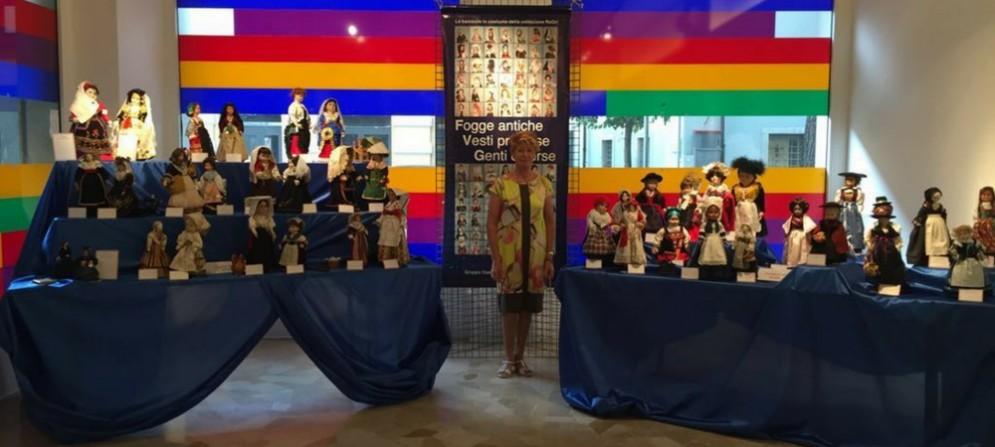 Renata Dri e la sua collezione di bambole artigianali