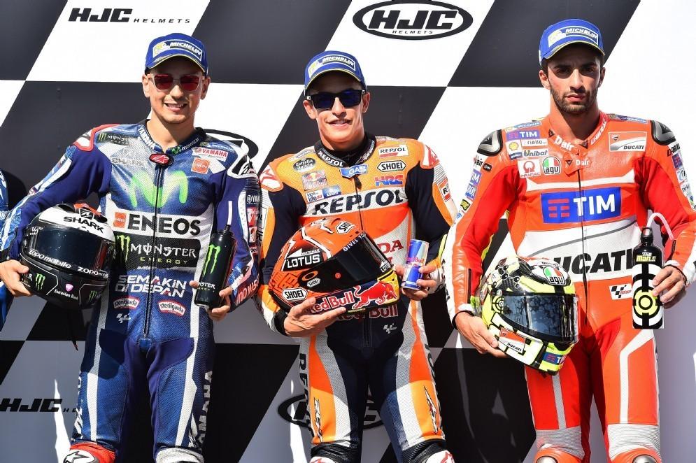 La prima fila del GP della Repubblica Ceca: Marc Marquez, Jorge Lorenzo e Andrea Iannone
