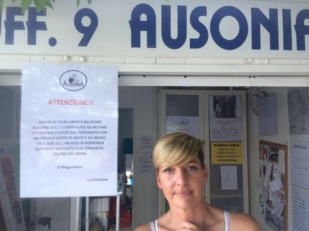 La titolare dello stabilimento Ausonia di Lignano