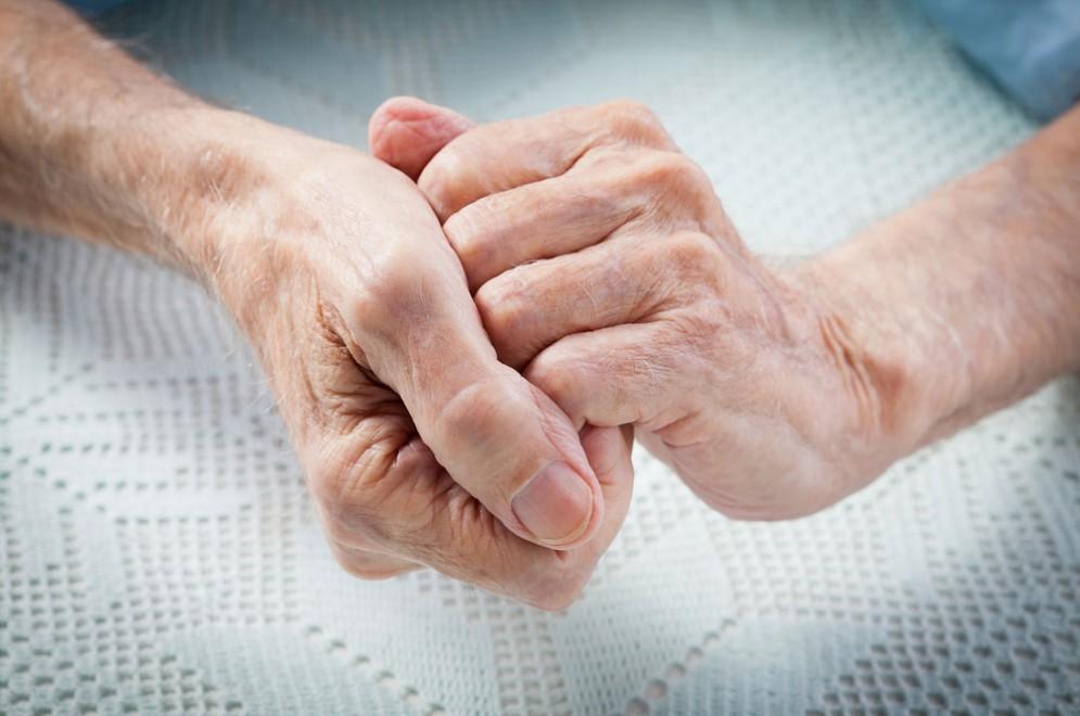 Artrite reumatoide, approvato un farmaco biologico similare