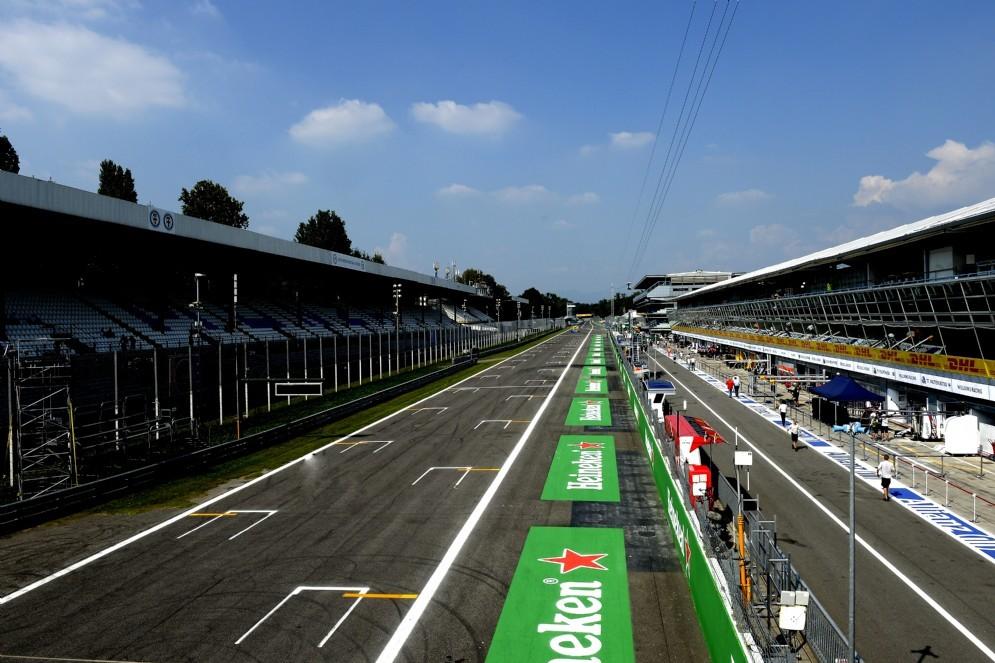 Il rettilineo del circuito di Monza