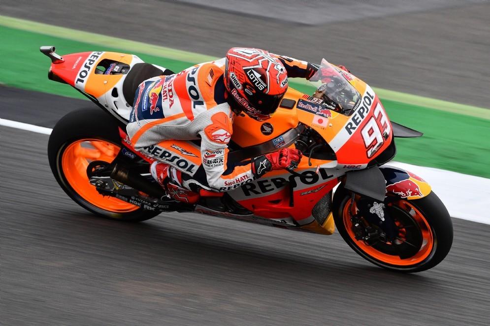 Marc Marquez in azione a Silverstone