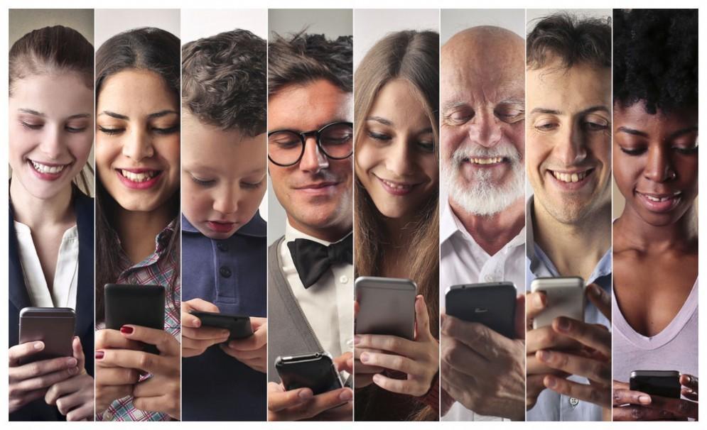 Tutti pazzi per lo smartphone