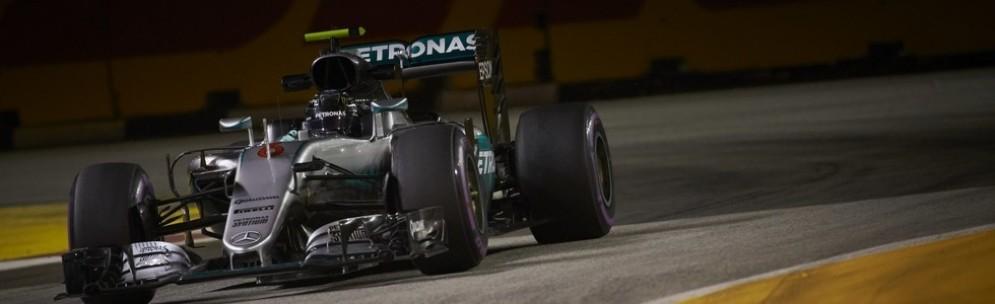 Nico Rosberg in azione a Singapore