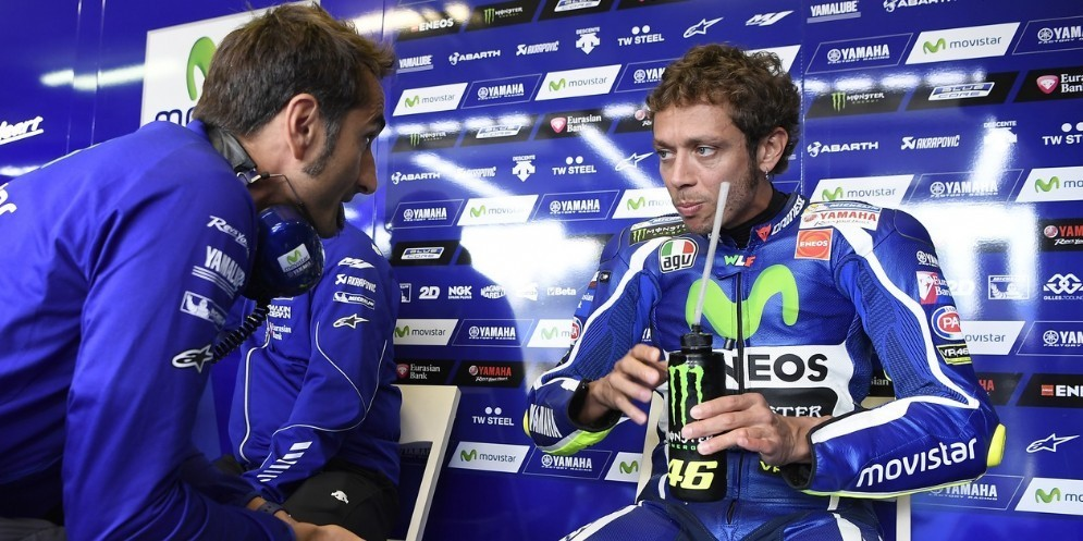 Matteo Flamigni con Valentino Rossi