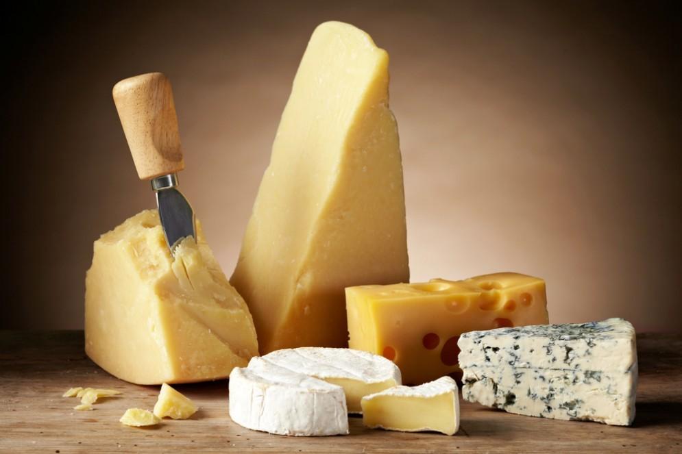 Il formaggio aumenta il colesterolo buono