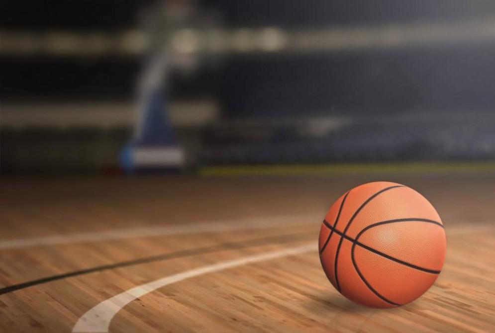 Muore a 16 anni durante una partita a pallacanestro