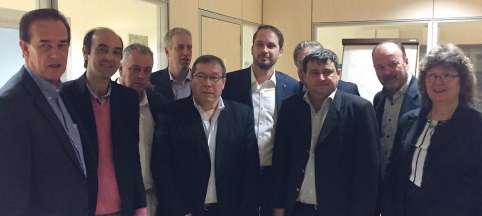 Cristiano Shaurli (Assessore regionale Risorse agricole e forestali) con la delegazione della Provincia di Santa Fe (Repubblica Argentina)