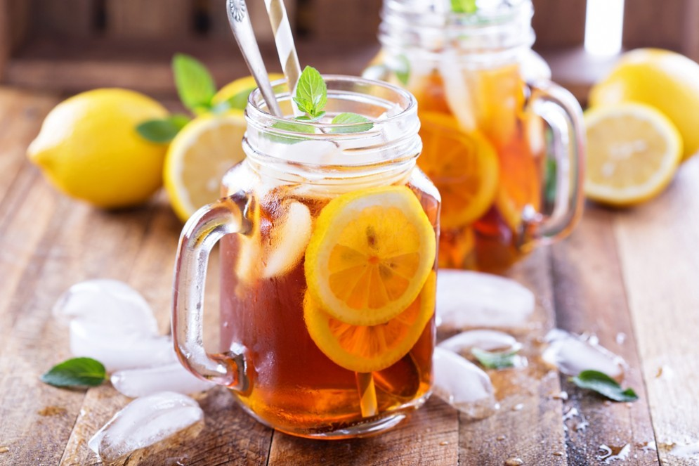 Le proprietà del succo di limone