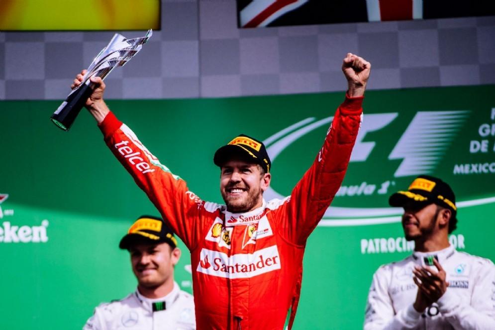 Sebastian Vettel sul podio del Gran Premio del Messico