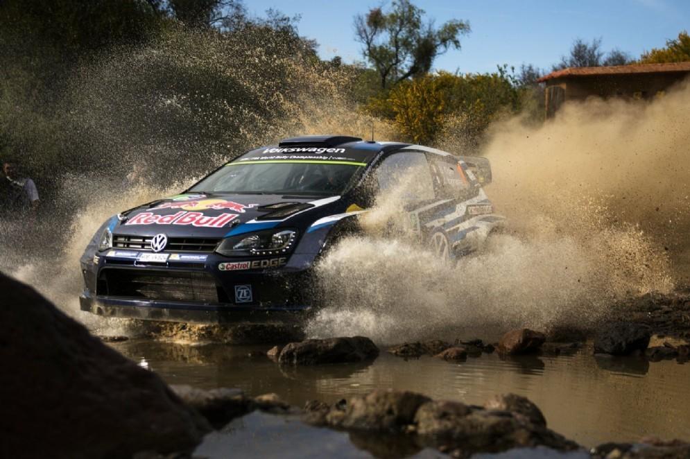 Sebastien Ogier in azione nel Rally del Messico 2015