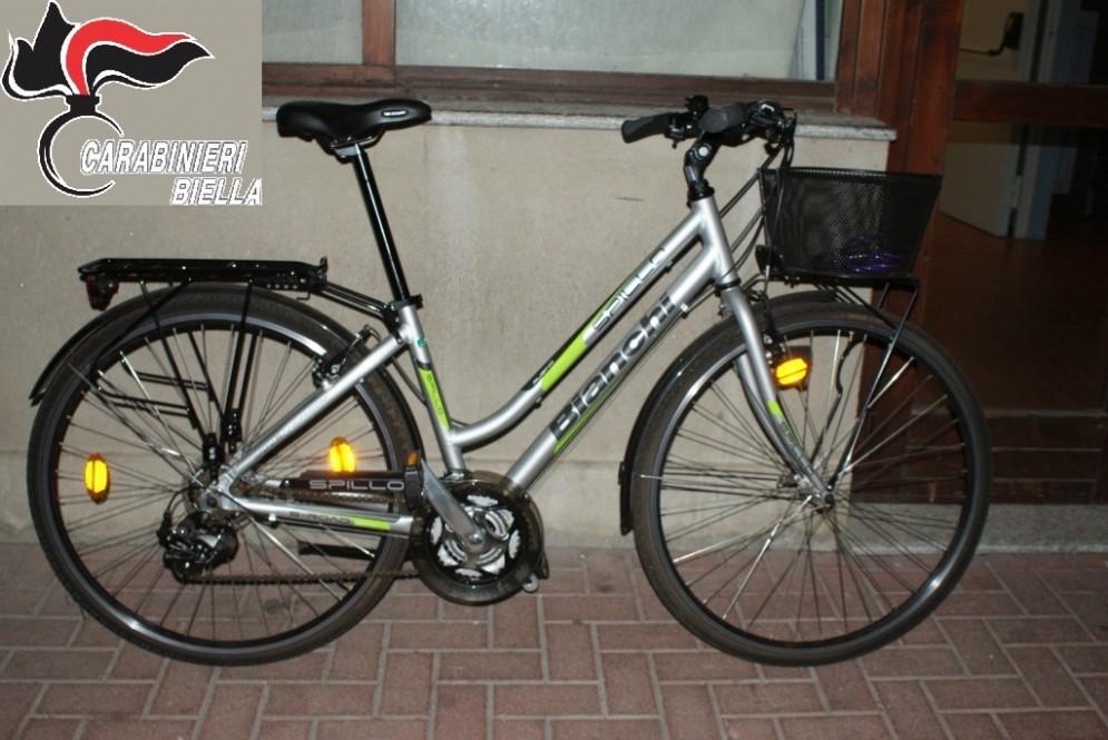 La bici è stata subito restituita al proprietario