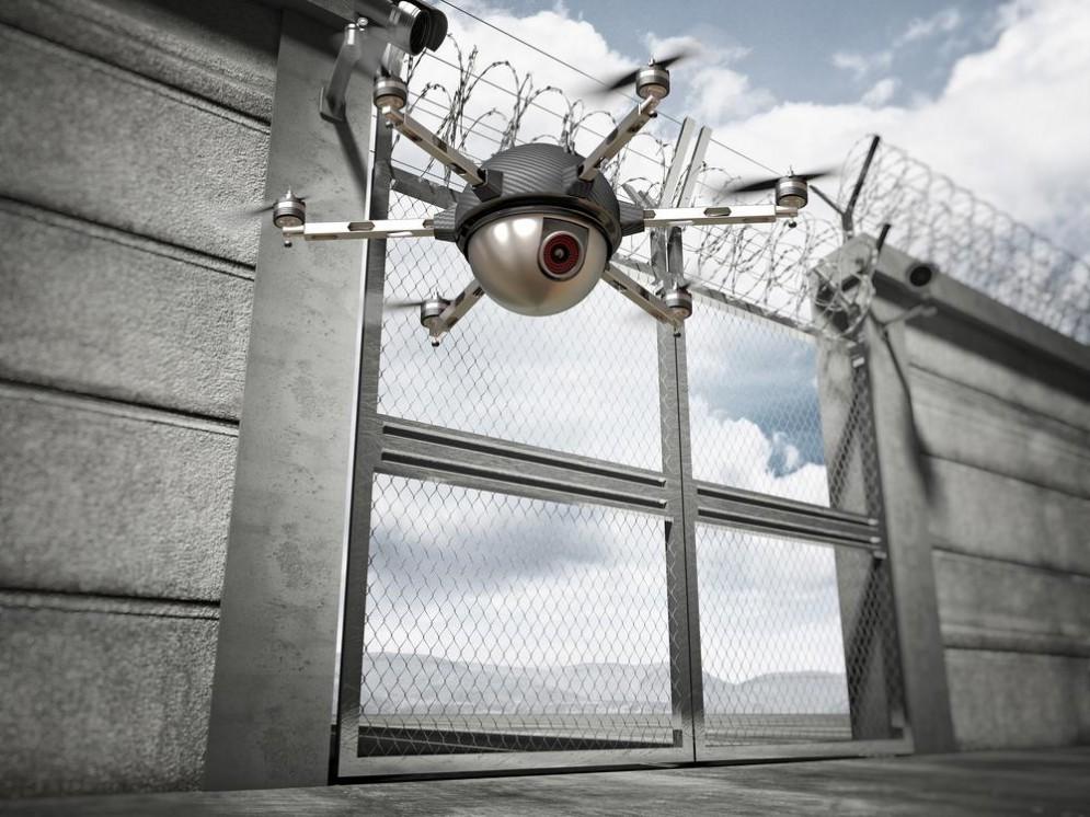 Evadono dal carcere con l'aiuto di un drone
